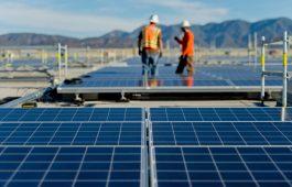 Prologis--Solar-w-Workers-web